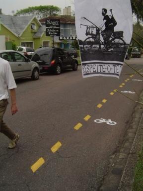 Única ciclofaixa de Curitiba