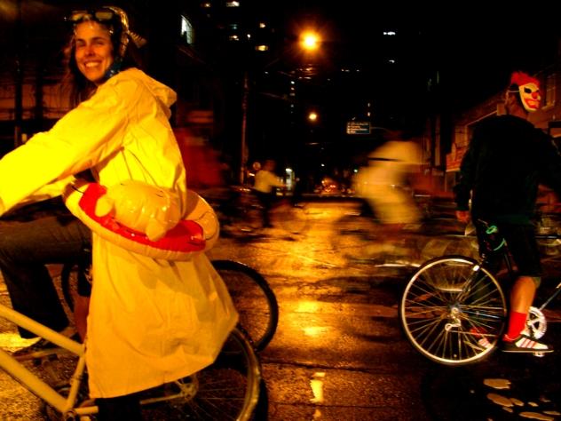 Bicicletada de Curitiba - DMSC - escolha sua fantasia
