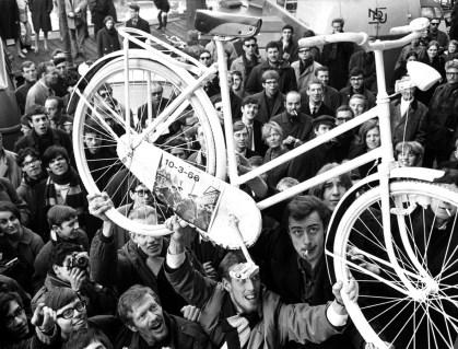 Lançamento da Bicicleta Branca